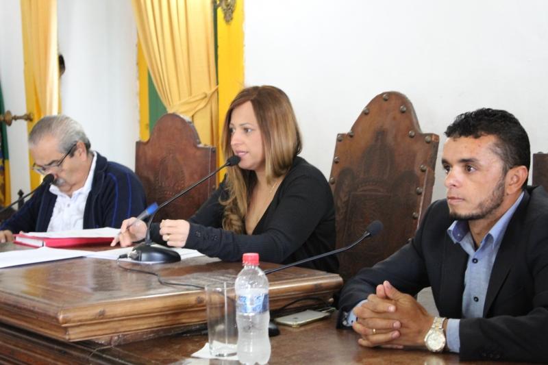 Comissão abre diálogo com categorias profissionais sobre planos de cargos
