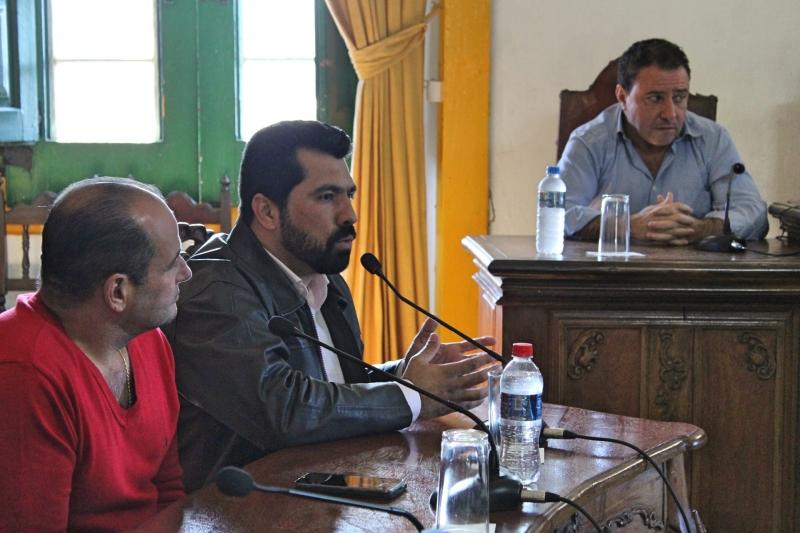 Vereador Bruno Mól (MDB) faz uso da palavra durante debate de projetos.