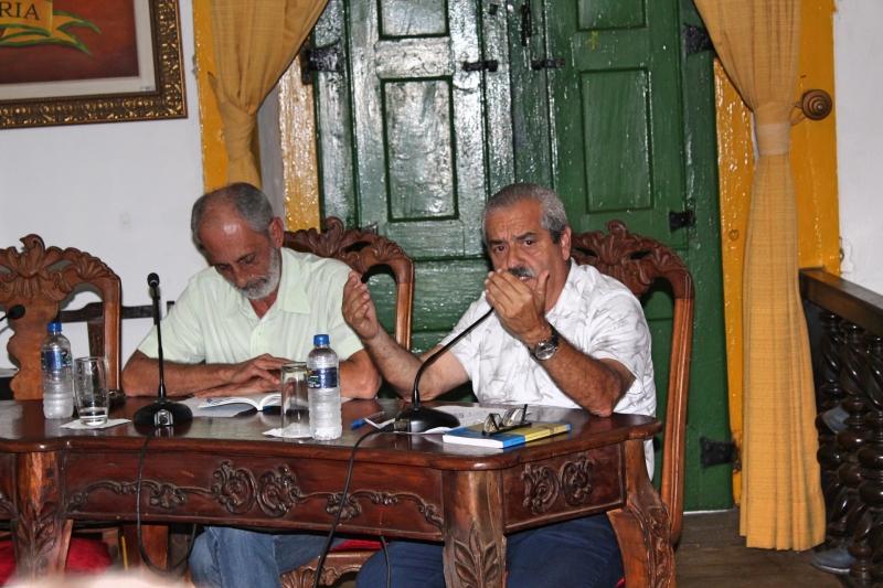 Vereadores debatem os assuntos da 30ª Reunião Ordinária.