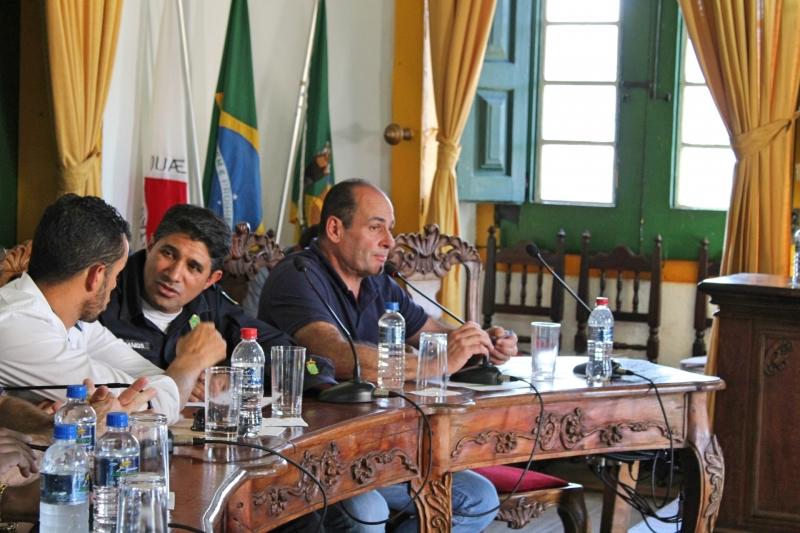 Vereador Fernando Sampaio (PRB) votou a favor, mas solicitou criação de sindicância.