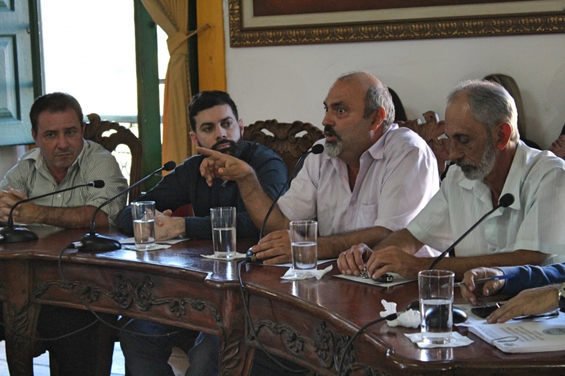 Vereador João Bosco (PP) durante pronunciamento.